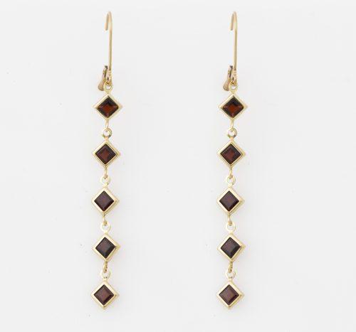 Earrings YG Garnets